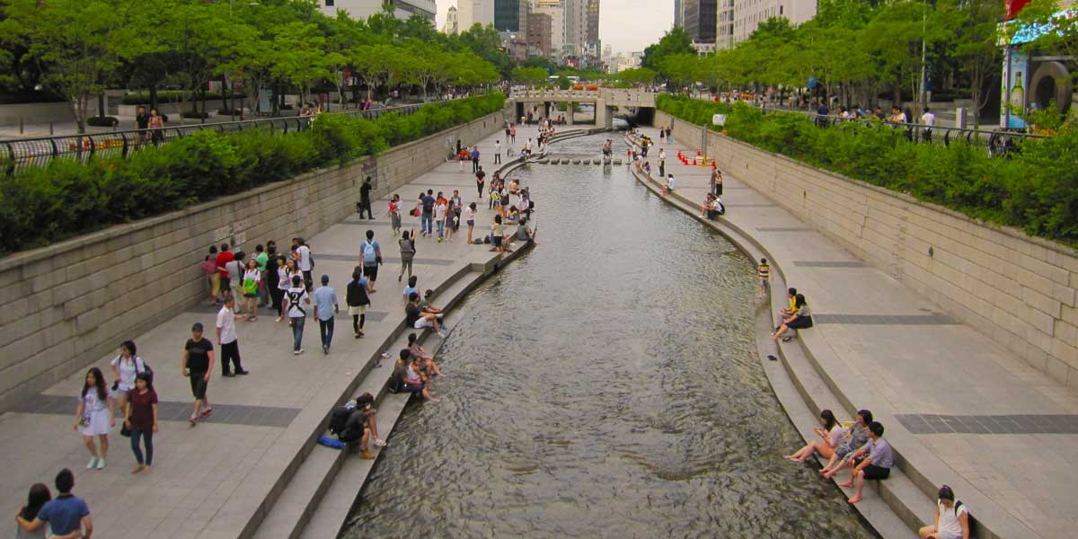 Cheonggyecheon River Promenade (former elevated highway), Seoul, South Korea